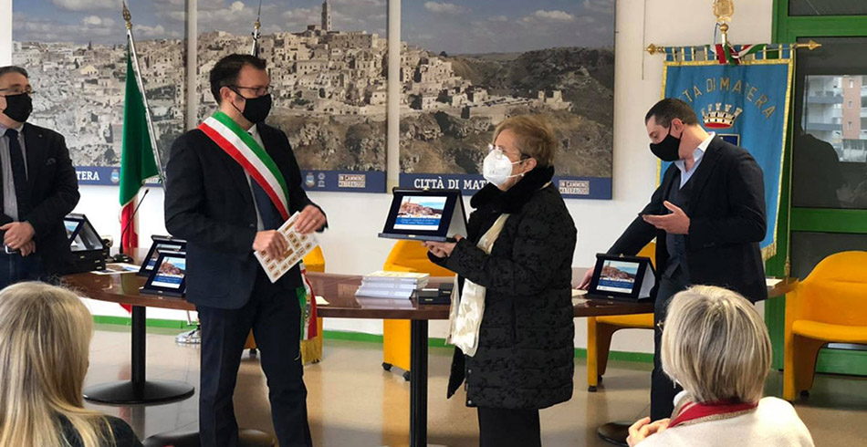Premiazione alla Caritas Diocesana di Matera-Irsina